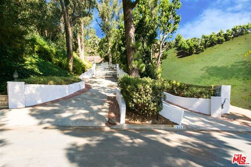 Photo of 1242 Lago Vista Drive, Beverly Hills, CA 90210 (MLS # 20644342)