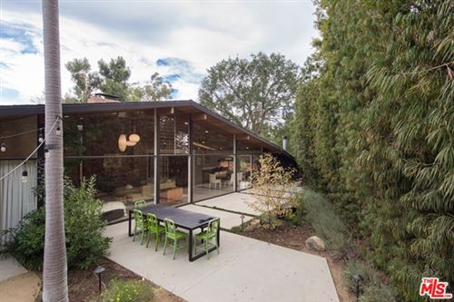 Photo of 300 S S Canyon View Drive, Los Angeles, CA 90049 (MLS # 21697342)