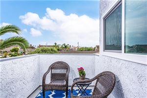 Tiny photo for 409 Emerald Place, Seal Beach, CA 90740 (MLS # PW19079342)