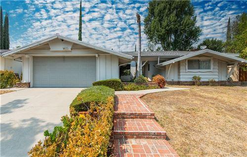 Photo of 12847 Titian Avenue, Granada Hills, CA 91344 (MLS # SR21214343)