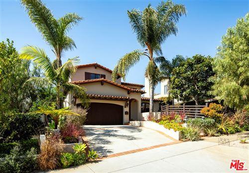 Photo of 1107 Chautauqua Boulevard, Pacific Palisades, CA 90272 (MLS # 21702344)
