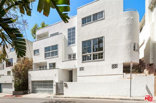 Photo of 6445 Deep Dell Place, Los Angeles, CA 90068 (MLS # 21729344)