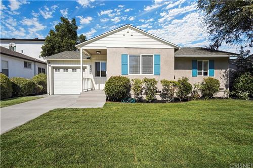 Photo of 17801 Collins Street, Encino, CA 91316 (MLS # SR21234344)
