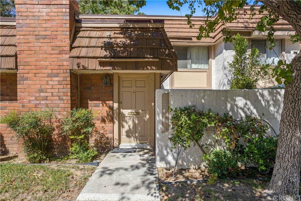 10060 Larwin Avenue #5, Chatsworth, CA 91311 - MLS#: SR21207344