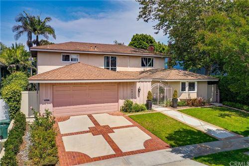 Photo of 16832 Harkness Circle, Huntington Beach, CA 92649 (MLS # OC21160345)