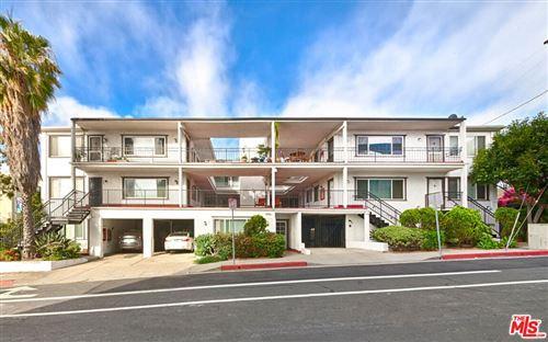 Photo of 1901 6Th Street, Santa Monica, CA 90405 (MLS # 21782346)