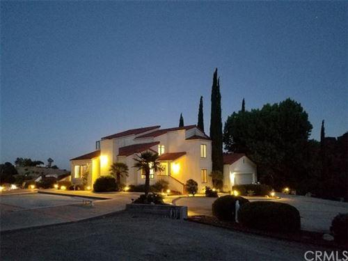 Photo of 2490 Cielo Vista Road, Paso Robles, CA 93446 (MLS # NS20021347)