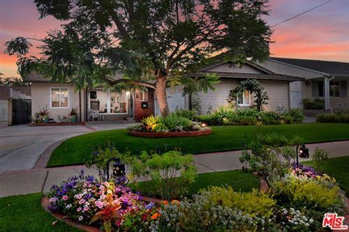 Photo of 4859 Longridge Avenue, Sherman Oaks, CA 91423 (MLS # 20608348)
