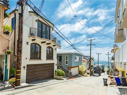 Photo of 200 Shell Street, Manhattan Beach, CA 90266 (MLS # SB20140348)