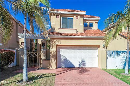 Photo of 64 Livermore Avenue, Ventura, CA 93004 (MLS # V1-6348)