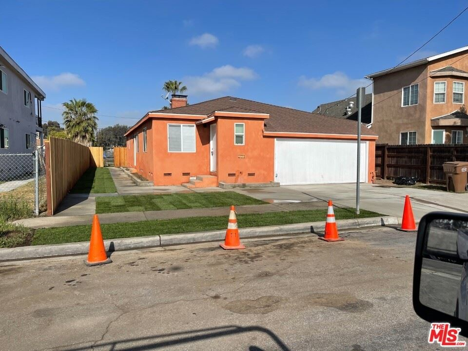 11507 Berendo Avenue, Los Angeles, CA 90044 - #: 21735348