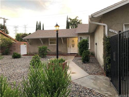 Photo of 11427 Collett Avenue, Granada Hills, CA 91344 (MLS # SR21168349)