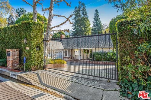 Photo of 11236 CANTON Drive, Studio City, CA 91604 (MLS # 20544350)
