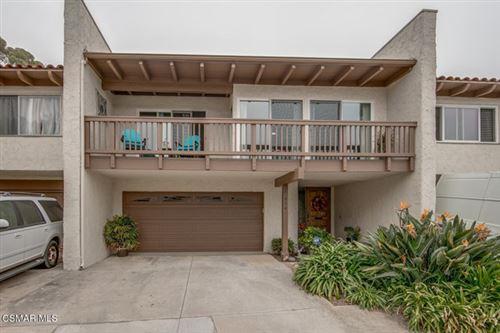 Photo of 936 Dunbar Lane, Thousand Oaks, CA 91360 (MLS # 220011350)