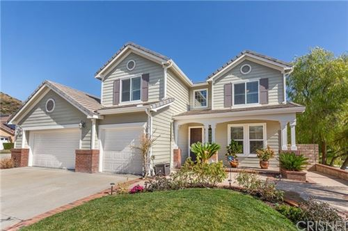 Photo of 28102 Eagles Crest Court, Canyon Country, CA 91351 (MLS # SR20036350)