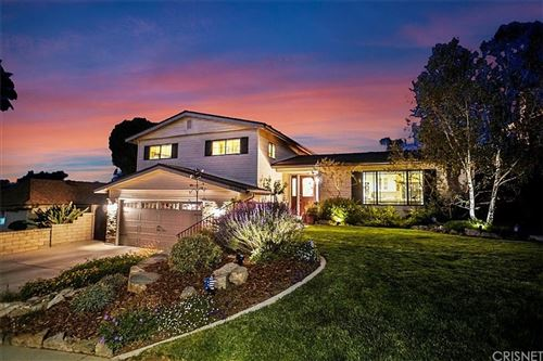 Photo of 26400 Torreypines Drive, Newhall, CA 91321 (MLS # SR21214350)