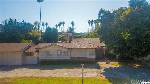 Photo of 9815 Canby Avenue Avenue, Northridge, CA 91325 (MLS # 320002351)