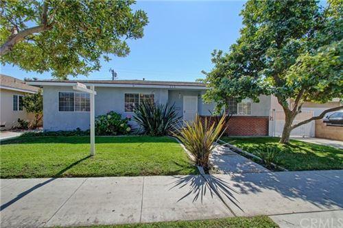 Tiny photo for 212 E Vermont Avenue, Anaheim, CA 92805 (MLS # IV20219351)