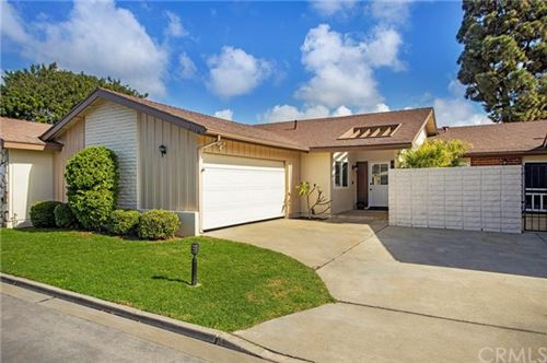 Photo of 21336 Via Straits Lane, Huntington Beach, CA 92646 (MLS # OC21012351)