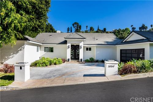 Photo of 3634 Royal Woods Drive, Sherman Oaks, CA 91403 (MLS # SR20035351)