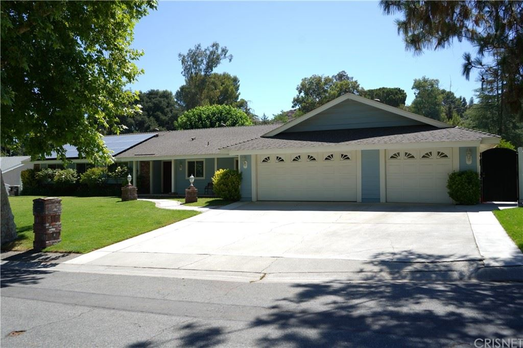 Photo for 26306 Sand Canyon Road, Canyon Country, CA 91387 (MLS # SR21147351)
