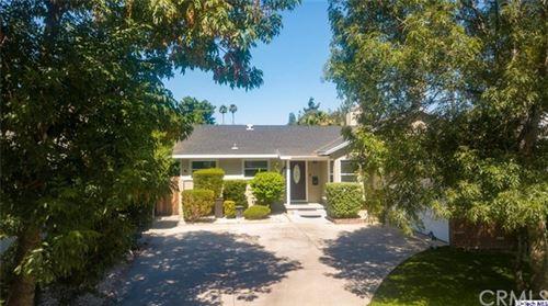 Photo of 8853 Oso Avenue, Winnetka, CA 91306 (MLS # 320002353)