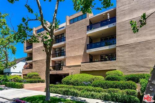 Photo of 1630 GREENFIELD Avenue #101, Los Angeles, CA 90025 (MLS # 20583354)