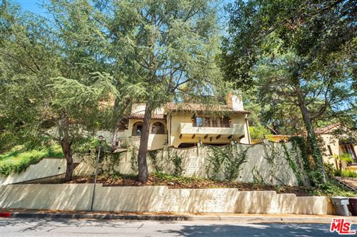 Photo of 2936 E Chevy Chase Drive, Glendale, CA 91206 (MLS # 21760354)