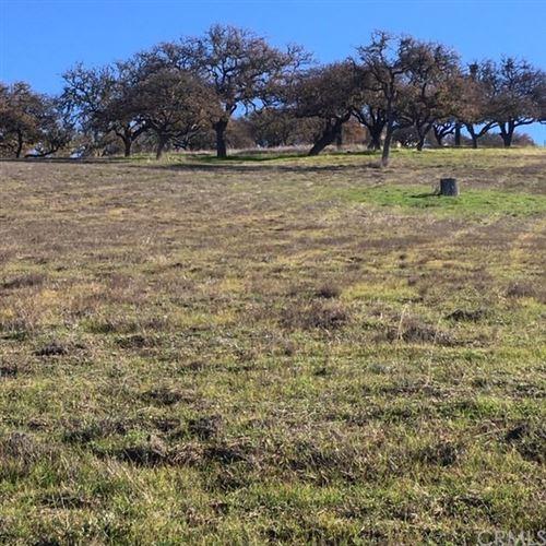 Photo of 2480 Iron Stone Loop, Templeton, CA 93465 (MLS # NS17256354)