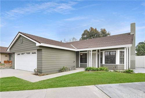 Photo of 28126 Thorley Court, Canyon Country, CA 91351 (MLS # SR20015354)