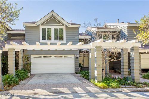 Photo of 1508 N View Drive, Westlake Village, CA 91362 (MLS # 221000355)
