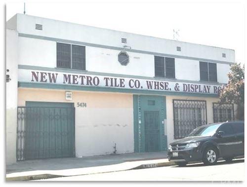 Photo of 5474 Alhambra Avenue, Los Angeles, CA 90032 (MLS # AR21046355)