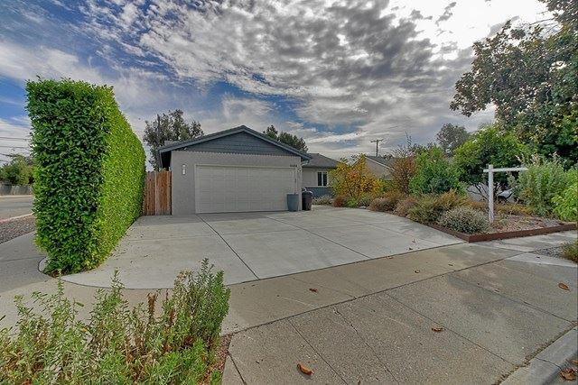 4684 Dean Drive, Ventura, CA 93003 - #: V1-2355