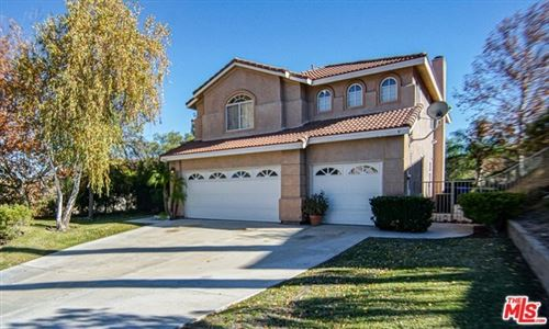 Photo of 30464 VINEYARD Lane, Castaic, CA 91384 (MLS # 19537356)