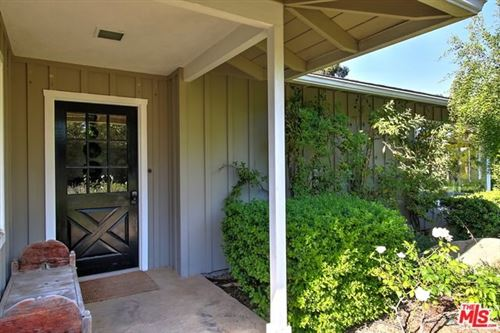 Photo of 830 SUMMIT Road, Santa Barbara, CA 93108 (MLS # 20548356)