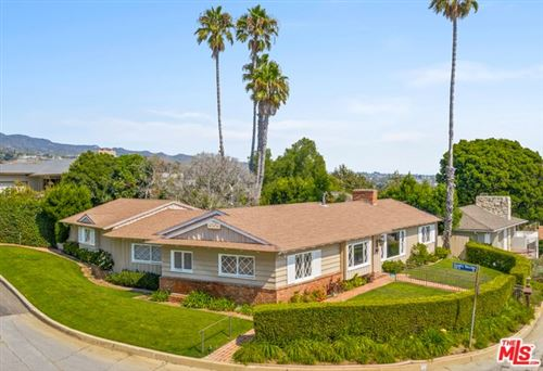 Photo of 17615 TRAMONTO Drive, Pacific Palisades, CA 90272 (MLS # 20558356)