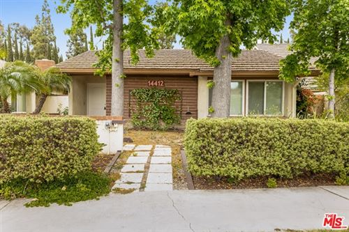 Photo of 14412 Pinewood Road, Tustin, CA 92780 (MLS # 21732356)
