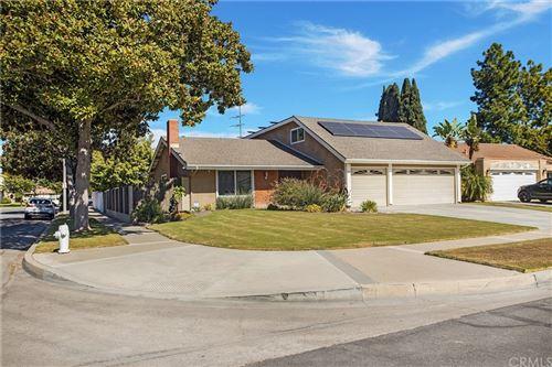 Photo of 209 W HARVEY Avenue, Santa Ana, CA 92707 (MLS # OC21232356)