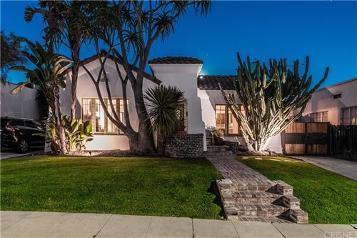 Photo of 812 N Mansfield Avenue, Hollywood, CA 90038 (MLS # SR20232357)