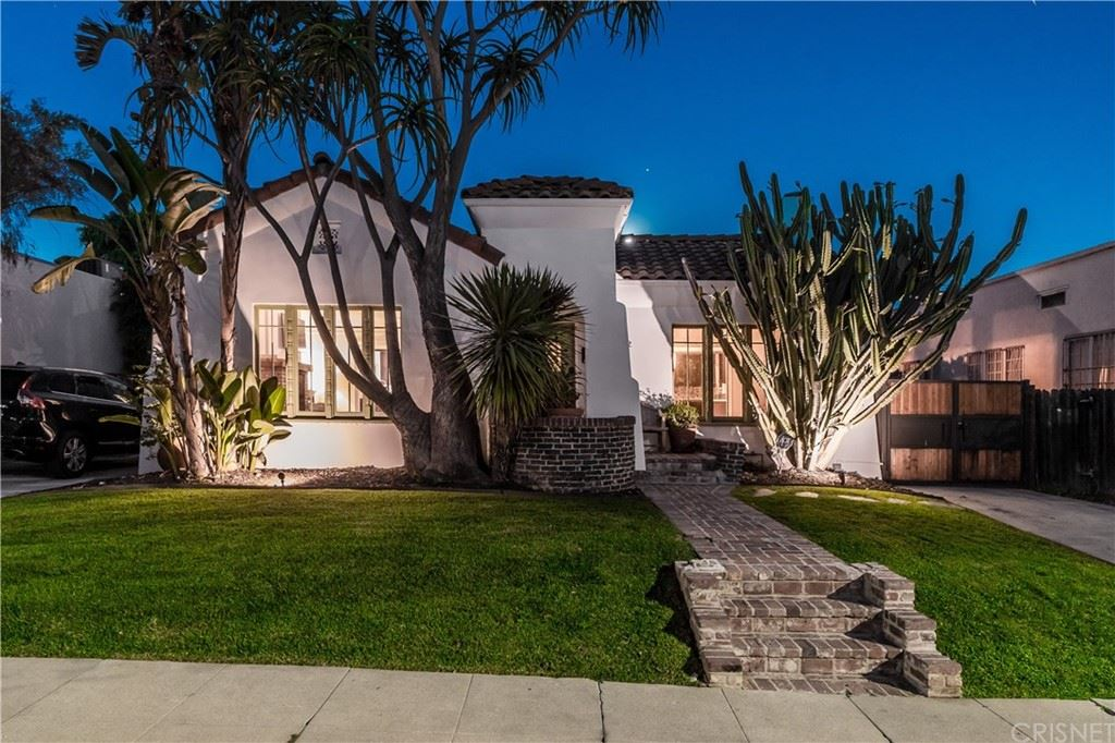 812 N Mansfield Avenue, Los Angeles, CA 90038 - MLS#: SR20232357