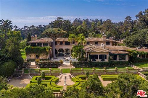 Photo of 2845 Sycamore Canyon Road, Santa Barbara, CA 93108 (MLS # 20646358)