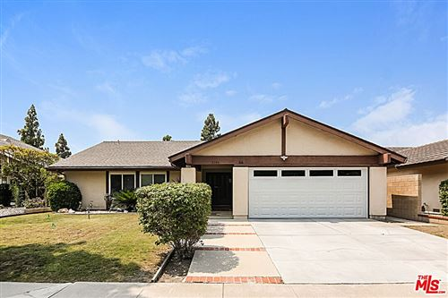 Photo of 3106 S Timber Street, Santa Ana, CA 92707 (MLS # 21777358)