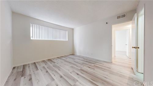 Tiny photo for 6160 Whitsett Avenue #4, North Hollywood, CA 91606 (MLS # BB21028358)