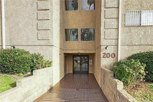 Photo of 200 S Reno Street #206, Los Angeles, CA 90057 (MLS # PF20242359)