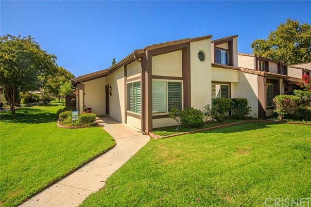 Photo for 24678 Golfview Drive, Valencia, CA 91355 (MLS # SR19229359)