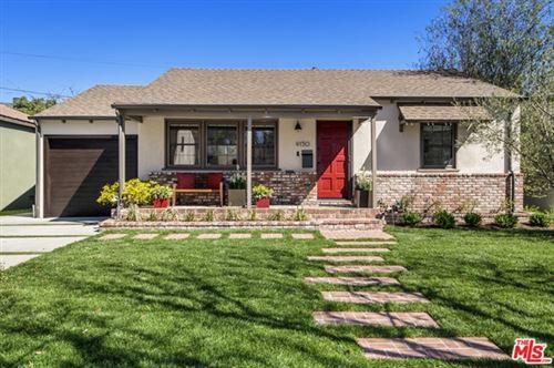 Photo of 4150 Sunnyside Avenue, Los Angeles, CA 90066 (MLS # 21692360)