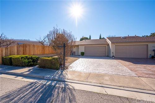 Photo of 732 Deerfield Lane, Paso Robles, CA 93446 (MLS # NS21038360)