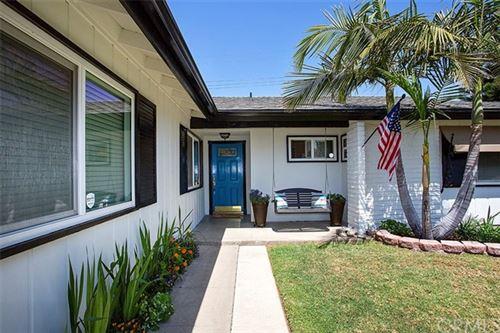 Photo of 1613 E Avalon Avenue, Santa Ana, CA 92705 (MLS # PW21054360)