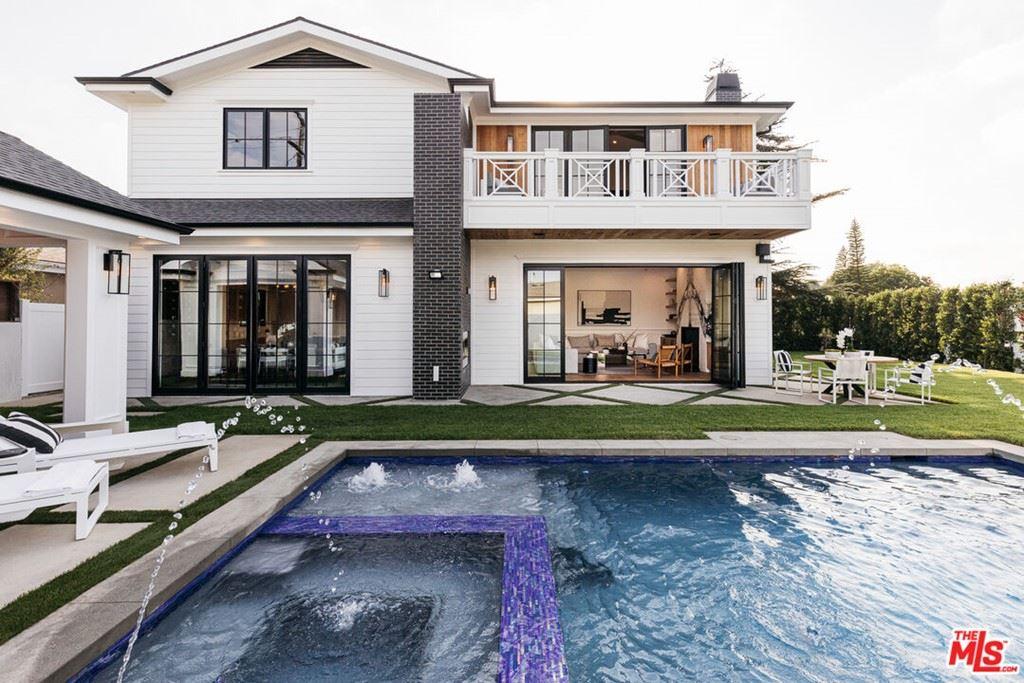 8000 Dunbarton Avenue, Los Angeles, CA 90045 - MLS#: 21785360