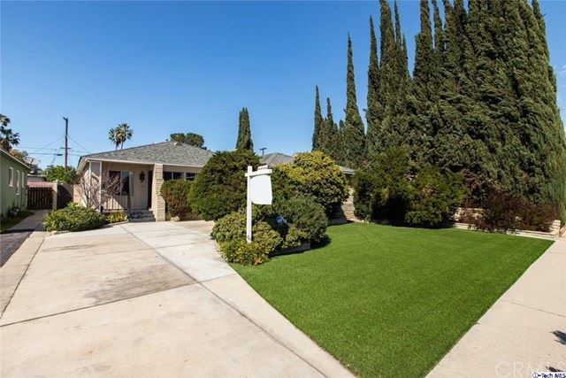 Photo of 11911 Cohasset Street, North Hollywood, CA 91605 (MLS # 320001360)